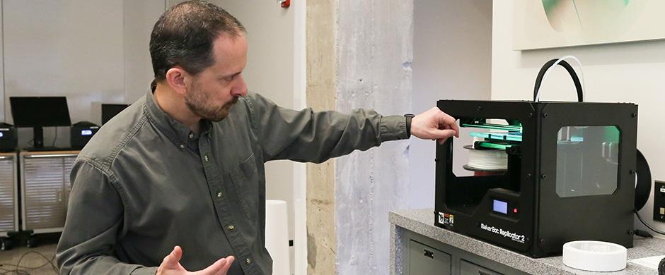 Matt Lewis Demonstrating ACCAD 3D Printer